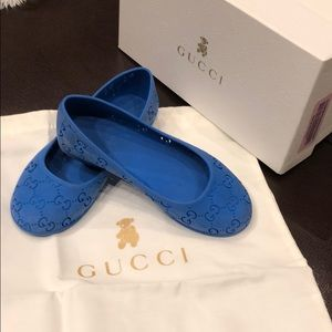 0dc989d83f02 Gucci Sandals   Flip Flops for Kids